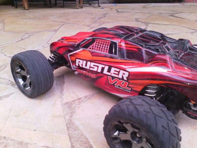 Rustler vxl de cemoi Img_2012