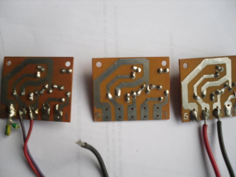circuits imprimés inconnus Sdc13617