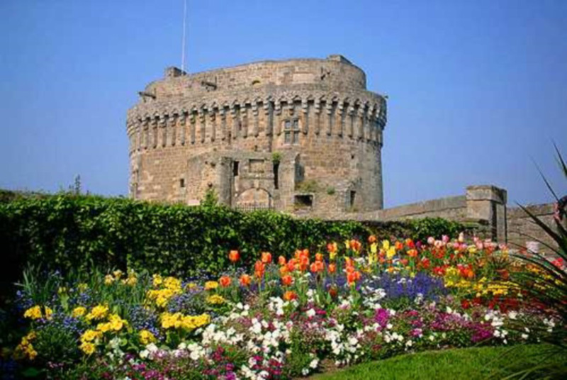 Les châteaux. 1453310