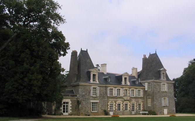 Les châteaux. - Page 2 Chatea13