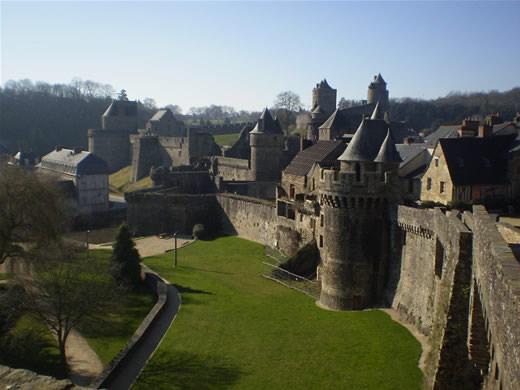 Les châteaux. - Page 2 Chatea14