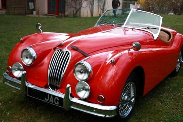 Basé sur l'ordre alphabétique, des noms de voitures, camions, dragsters, vélos, motos, tracteurs, bref tout ce qui roule !... - Page 35 Jaguar10