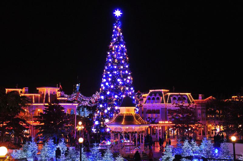 Les illuminations de Noël pour les fêtes 2.015   2.016 ! - Page 11 Noel-210