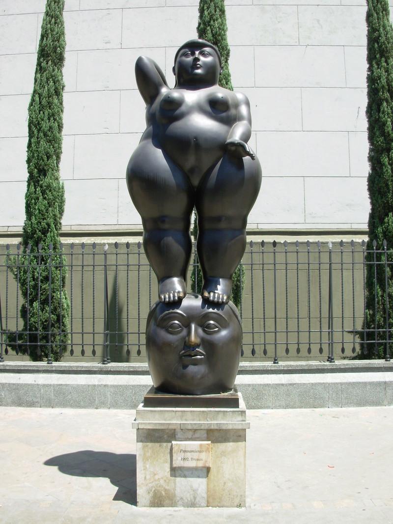 Des statues amusantes ! - Page 4 Statue11