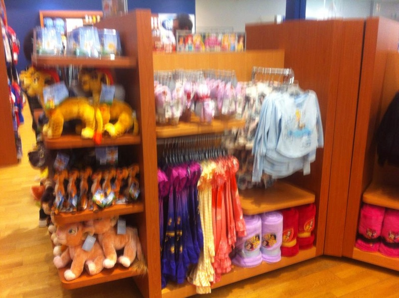 [Boutique Disney Store] Rosny 2 2010