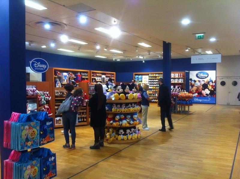 [Boutique Disney Store] Rosny 2 310