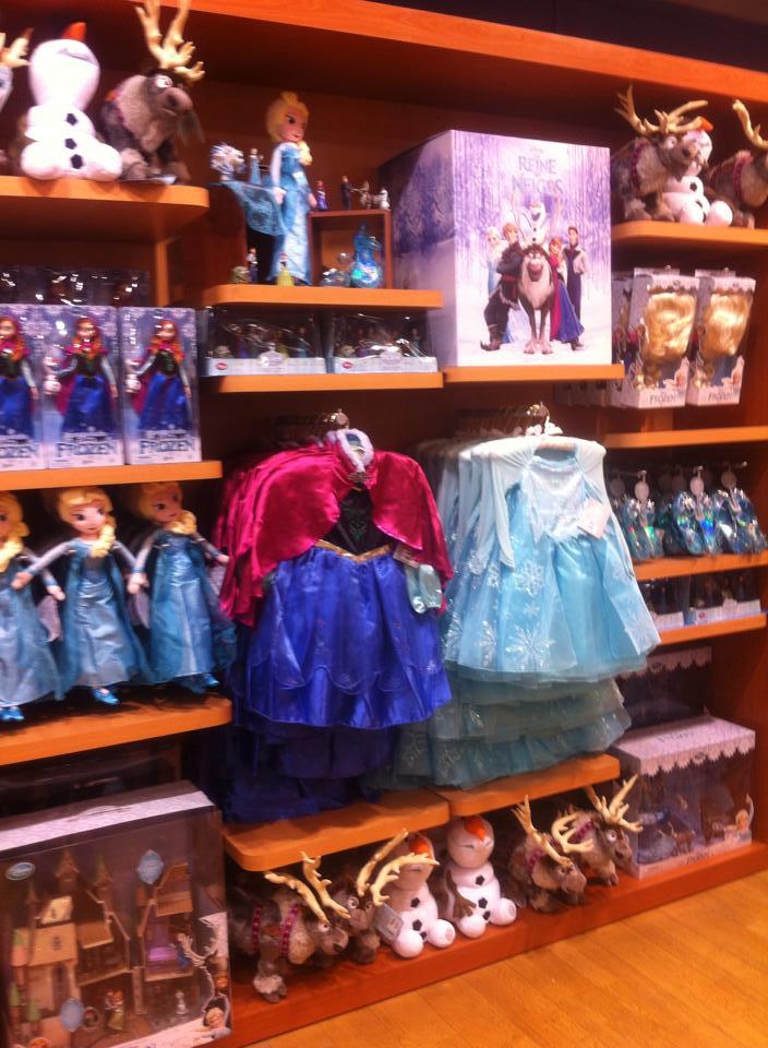 [Boutique Disney Store] Rosny 2 910