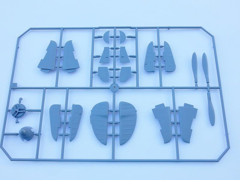 "Yak-3 Special Hobby 1/32 ""Hi tech kit"" Dscn2834"