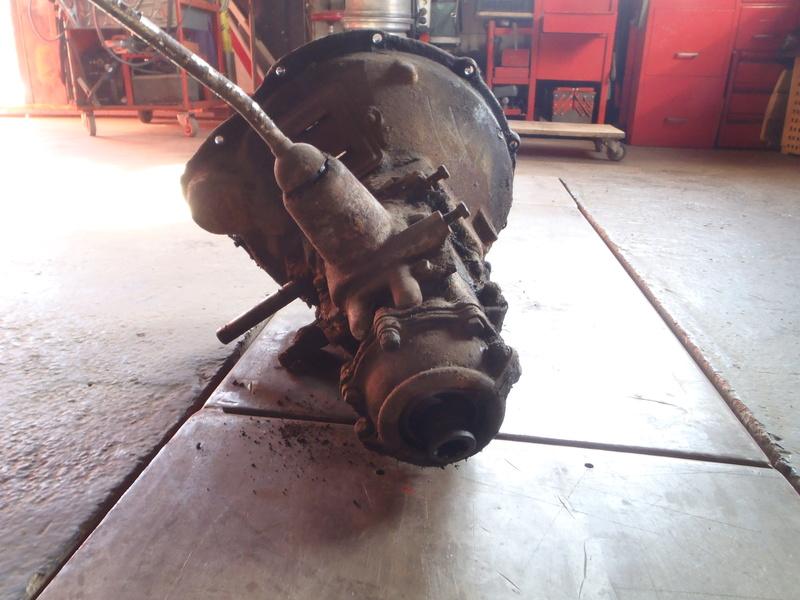 boite ford A ( vendu )  P4100010