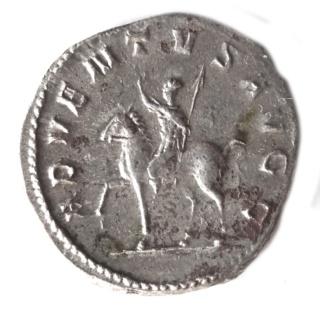 Les antoniniens du règne conjoint Valérien/Gallien - Page 4 Sans_t12