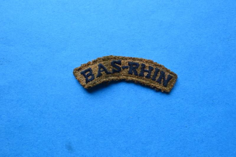 Attribut de bras pour INFANTERIE DE FORTERESSE, modèle troupe secteur BAS-RHIN 172° R.I.F. ANNONCE ANULEE. Dsc_0516