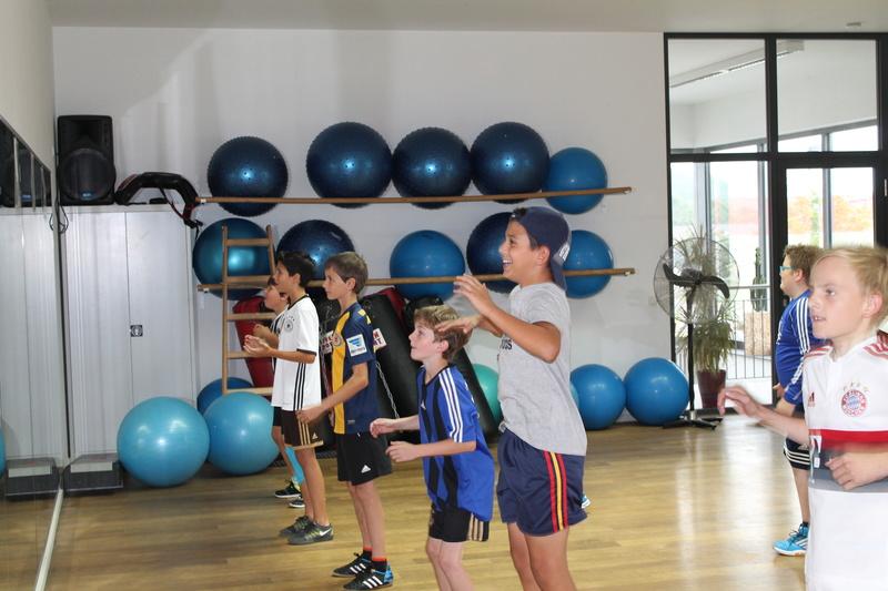 Trainingseinheit im Fitnesstudio premium SPORT Img_6518