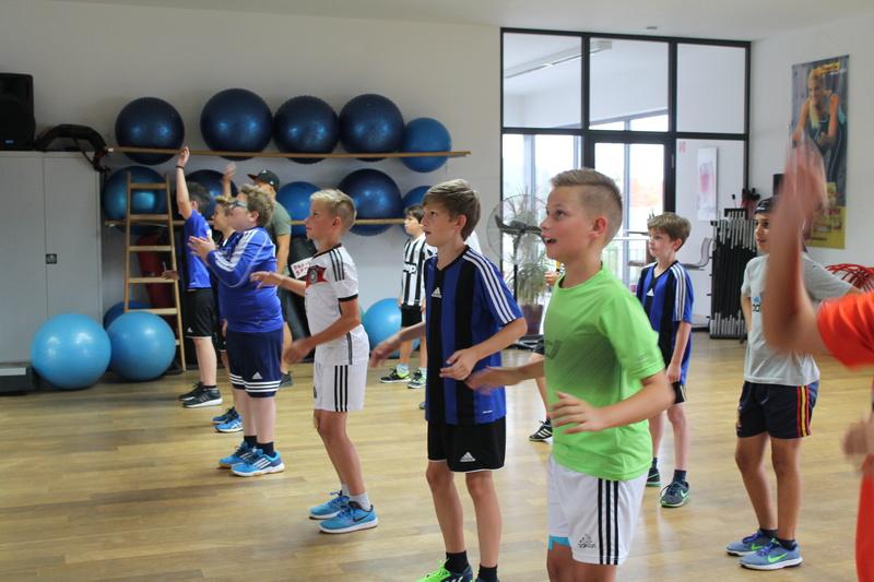 Trainingseinheit im Fitnesstudio premium SPORT Img_6519