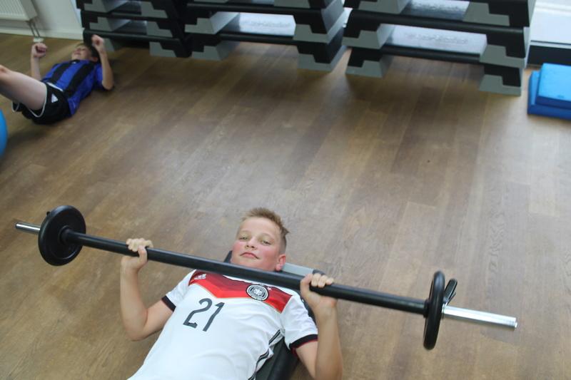 Trainingseinheit im Fitnesstudio premium SPORT Img_6522