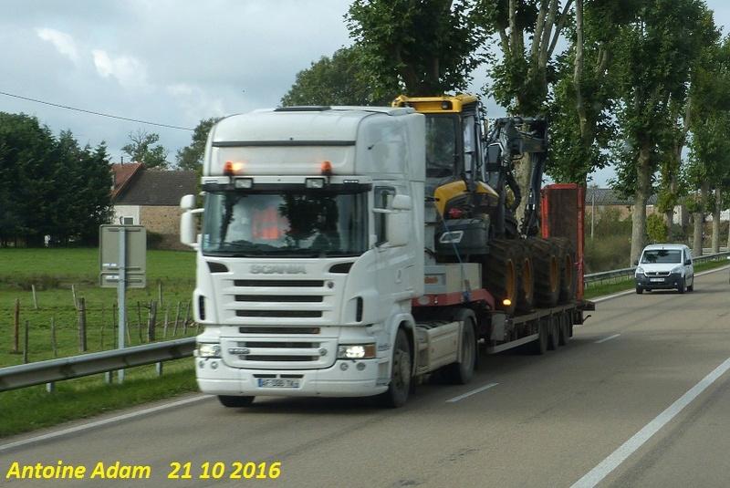 Transports de tracteurs forestier - Page 3 P1360128