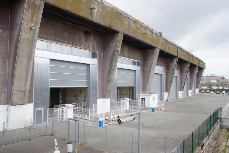 Base de sous-marins Lorient Dsc06210