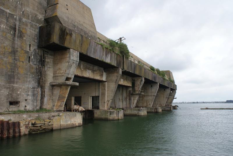 Base de sous-marins Lorient Dsc06212