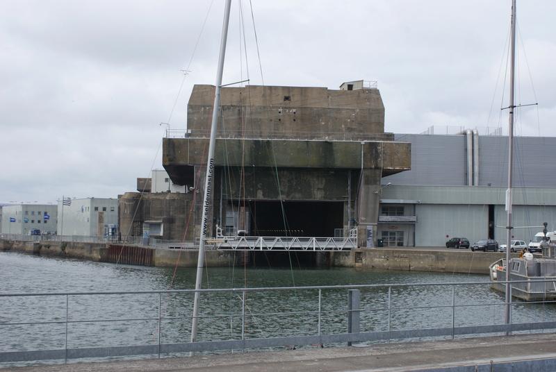 Base de sous-marins Lorient Dsc06214