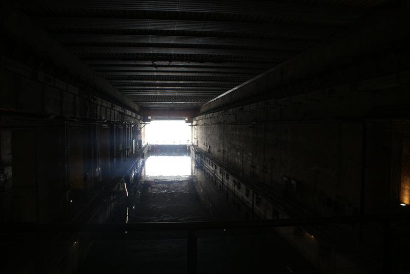 Base de sous-marins Lorient Dsc06216