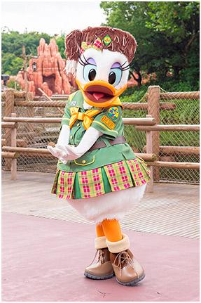 [Tokyo Disneyland] Nouveaux Meet & Greet et restaurant à Westernland (22 novembre 2016) Daisy10