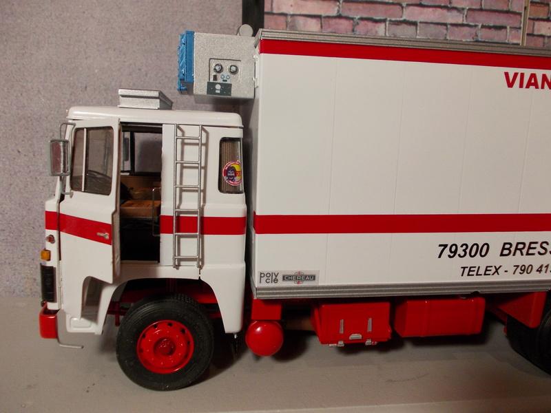 Scania 111 Frigo 6 roues... Dscn2713