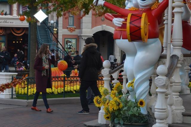 Émission Zone Interdite Disneyland Paris : Les Secrets du Royaume de Mickey (dimanche 30 octobre 2016 à 21h sur M6) - Page 2 Dsc_0018
