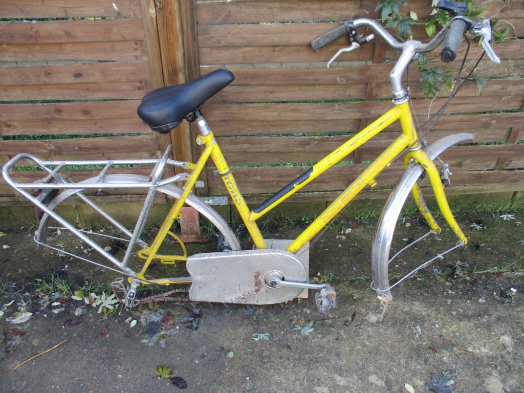 Vélo peugeot du facteur Img_1111