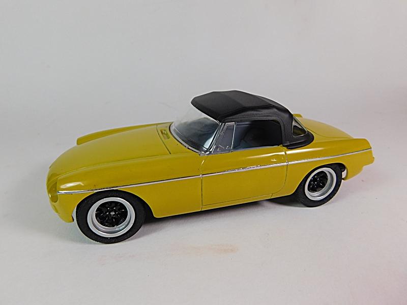 1972 MGB Roadster - Page 2 Dscn6625