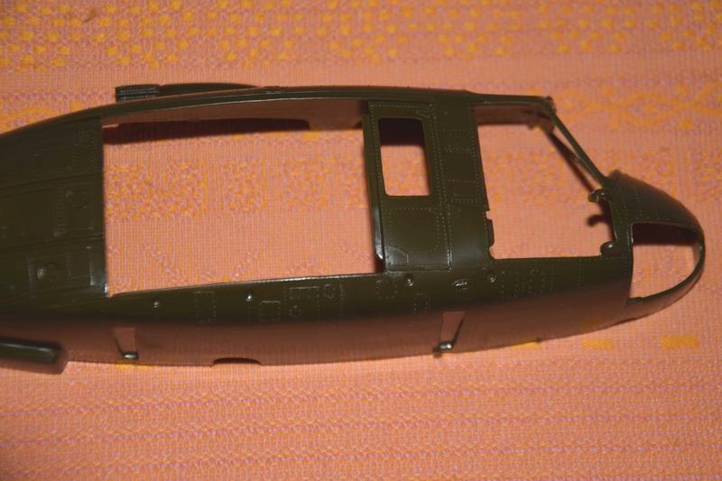 BELL UH-1D Revell 1/32 Dsc_0016