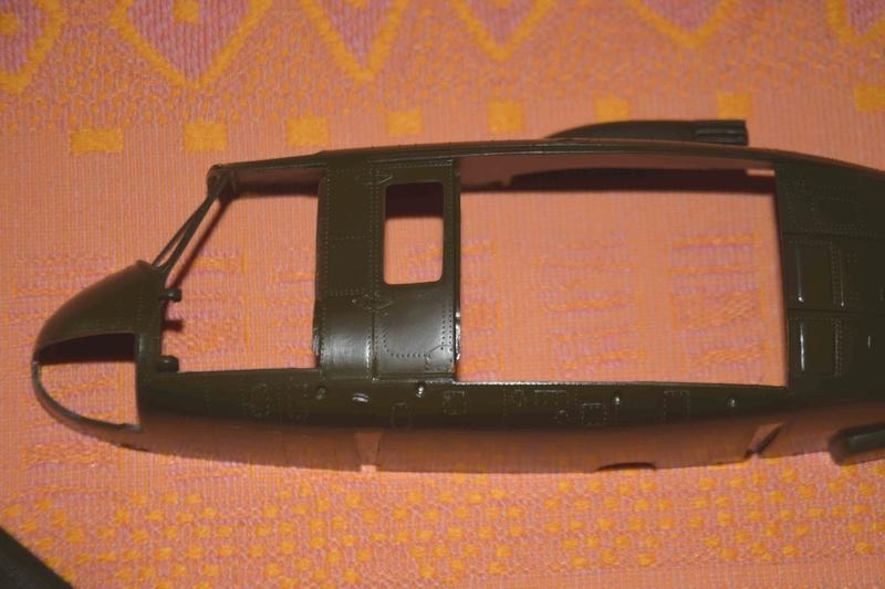 BELL UH-1D Revell 1/32 Dsc_0017