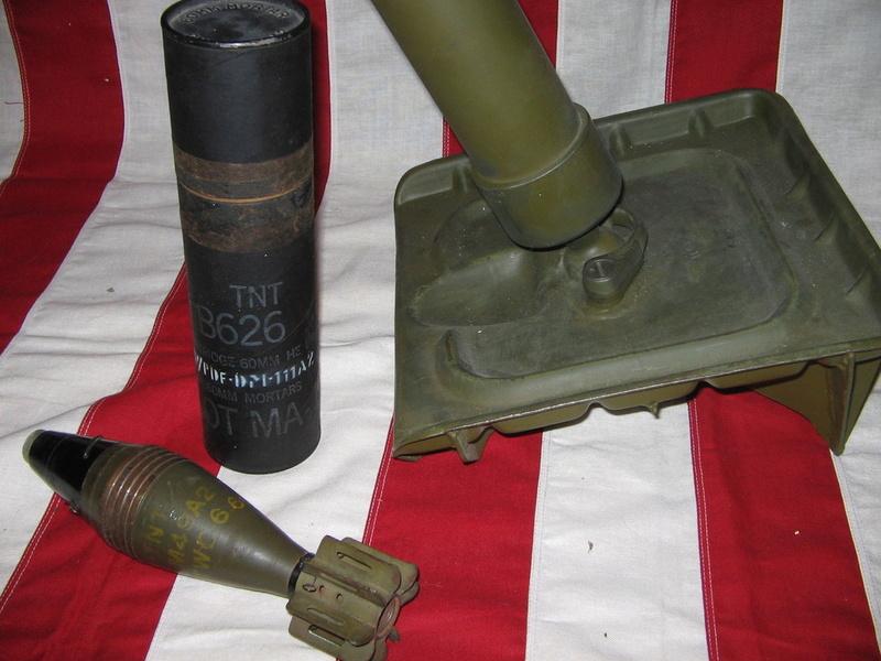 L'ARMEMENT DE LA 4th INFANTRY DIVISION : LE MORTIER M2 DE 60mm M2_0310