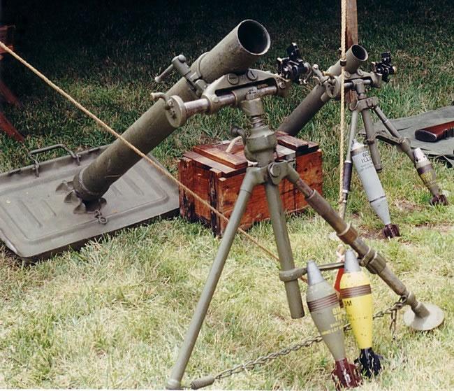 L'ARMEMENT DE LA 4th INFANTRY DIVISION : LE MORTIER M1 DE 81mm Mortar10