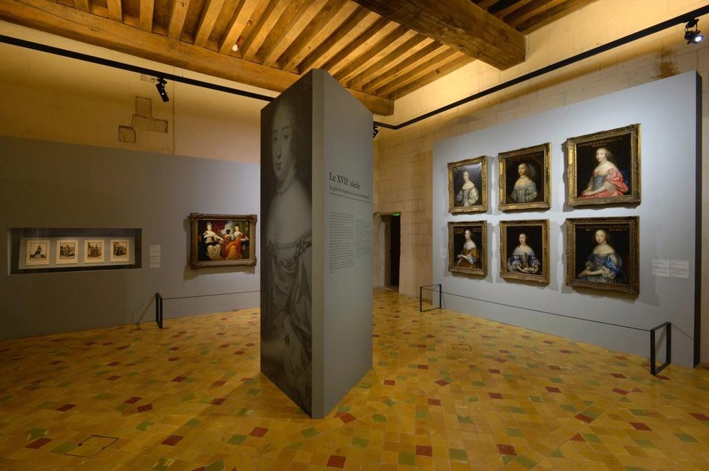 Expo. Le Goût de la parure à la Cour. XVIIe -XIXe siècles Cuutly11