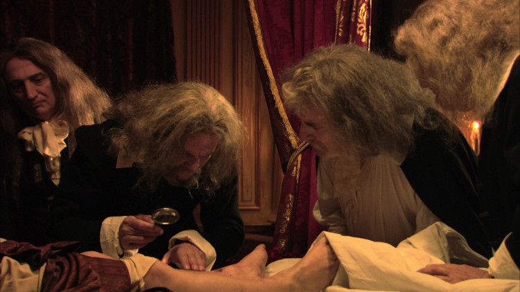 La mort de Louis XIV, film tourné au chateau de Hautefort Mortlo11