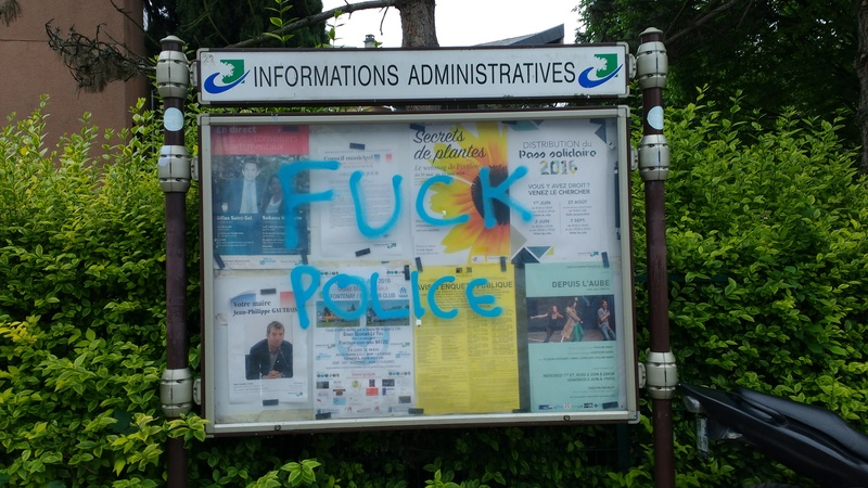 Voitures de police incendiées à Viry Chatillon - Agressions contre des policiers Img_2013