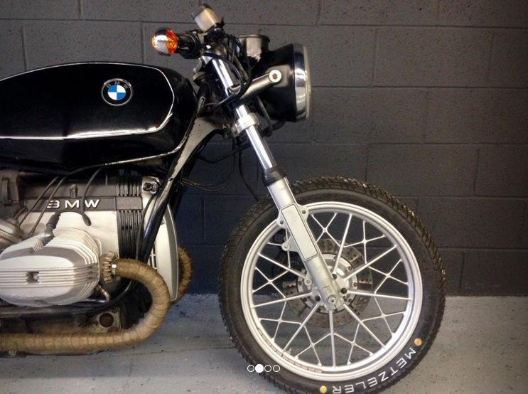 C'est ici qu'on met les bien molles....BMW Café Racer - Page 2 Crc7810