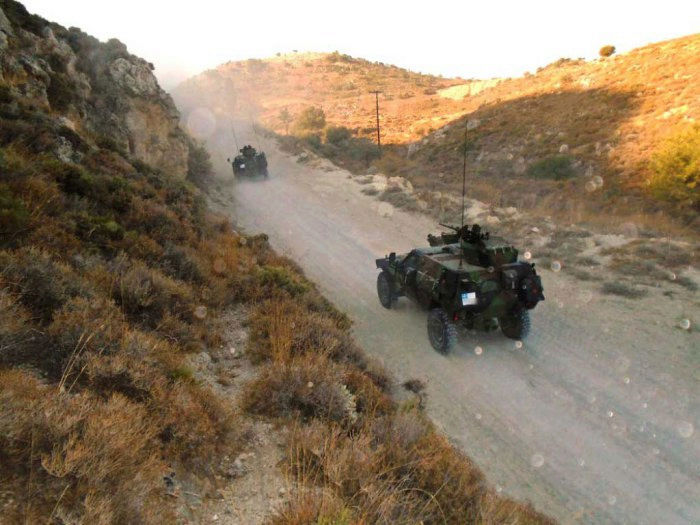 Forces armées grecques/Hellenic Armed Forces - Page 26 0a12