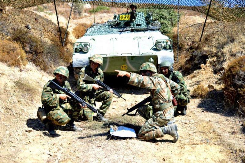 Forces armées grecques/Hellenic Armed Forces - Page 26 0d11