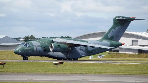 Avions de transport tactique/lourd - Page 6 61h90