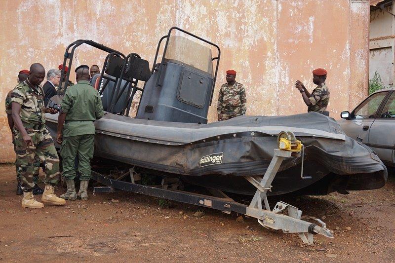 Armées de la République centrafricaine  - Page 2 61j68