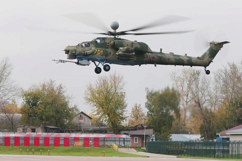 Hélicoptères de combats - Page 8 6429