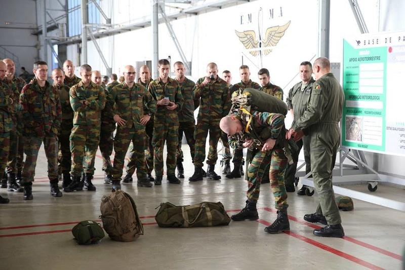Armée Belge / Defensie van België / Belgian Army  - Page 7 6542