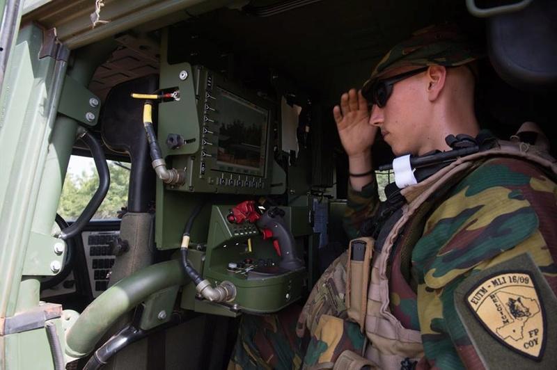 Armée Belge / Defensie van België / Belgian Army  - Page 7 7115