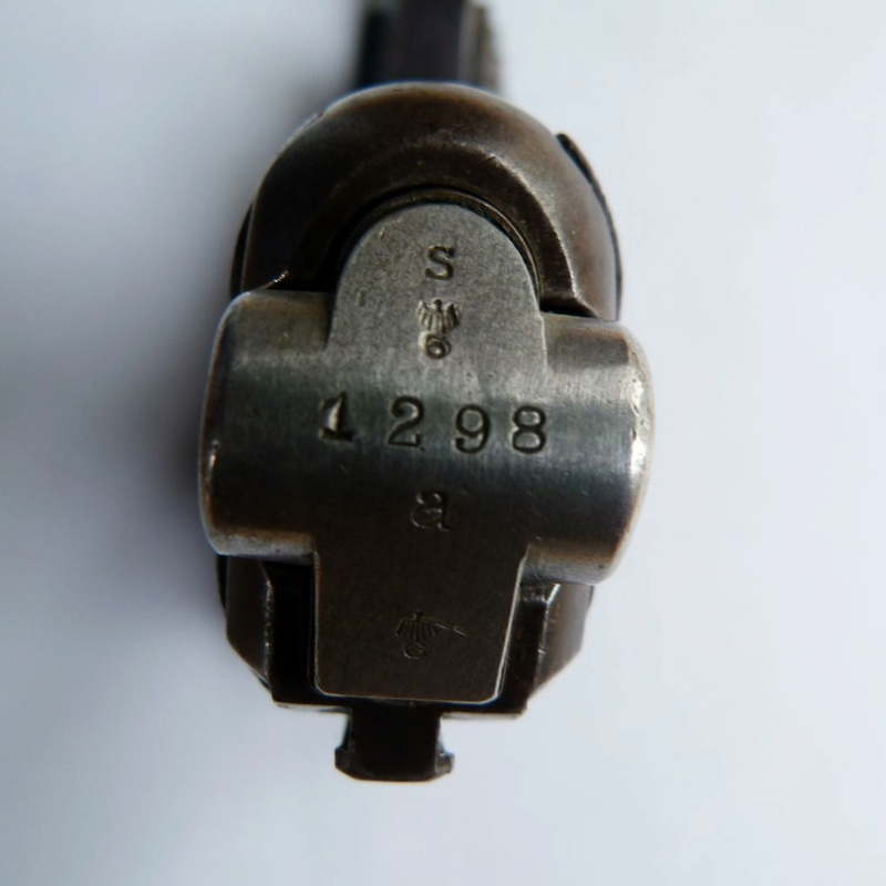 Les P 08 Simson & Co, à Suhl, sous la république de Weimar. Charge11