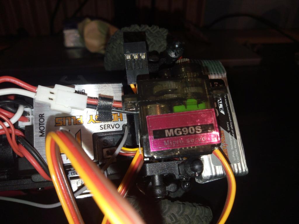 Adaptateur connexion micro servo  Img_2135