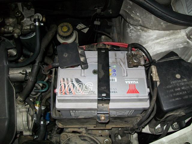 Aiuto - Batteria TJ 2.4 6 speed - dimensioni e lato polo positivo  100_3311