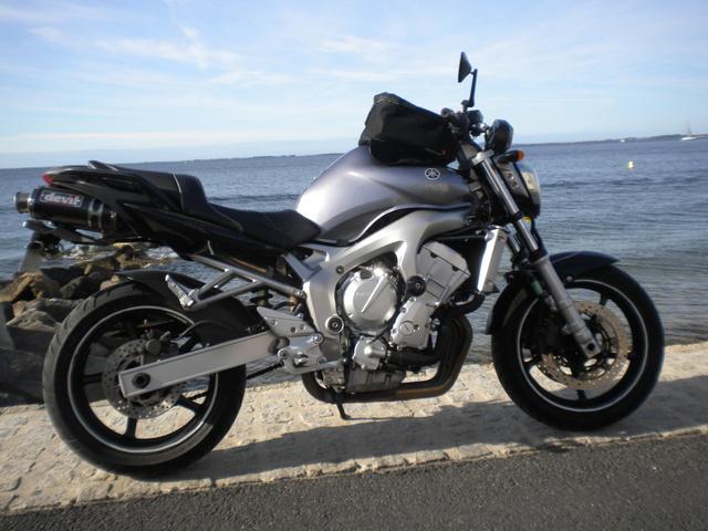 Venez parler de votre moto ! - Page 2 01410