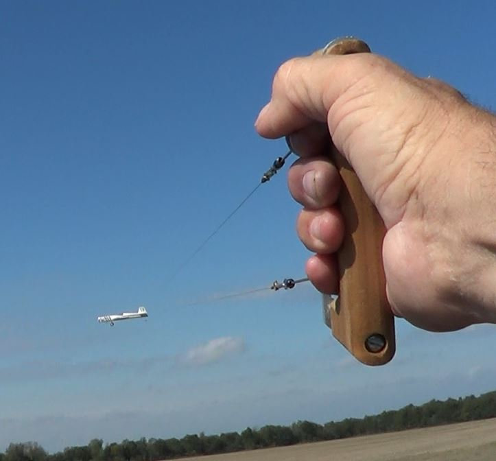 A Stricker Model Airplane Weekend, Gusty Winds, and an 'Out of the Blue' Nobler 1_14