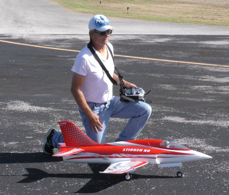 A Stricker Model Airplane Weekend, Gusty Winds, and an 'Out of the Blue' Nobler 8_010