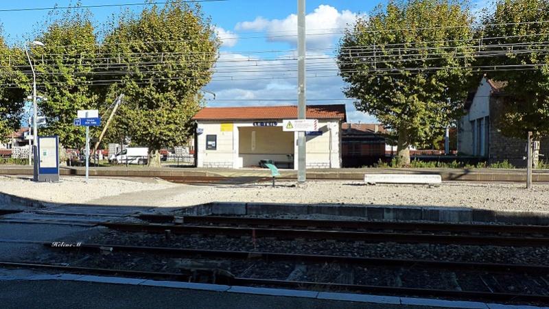 De la gare de Valence ville à la gare du Teil P1110820